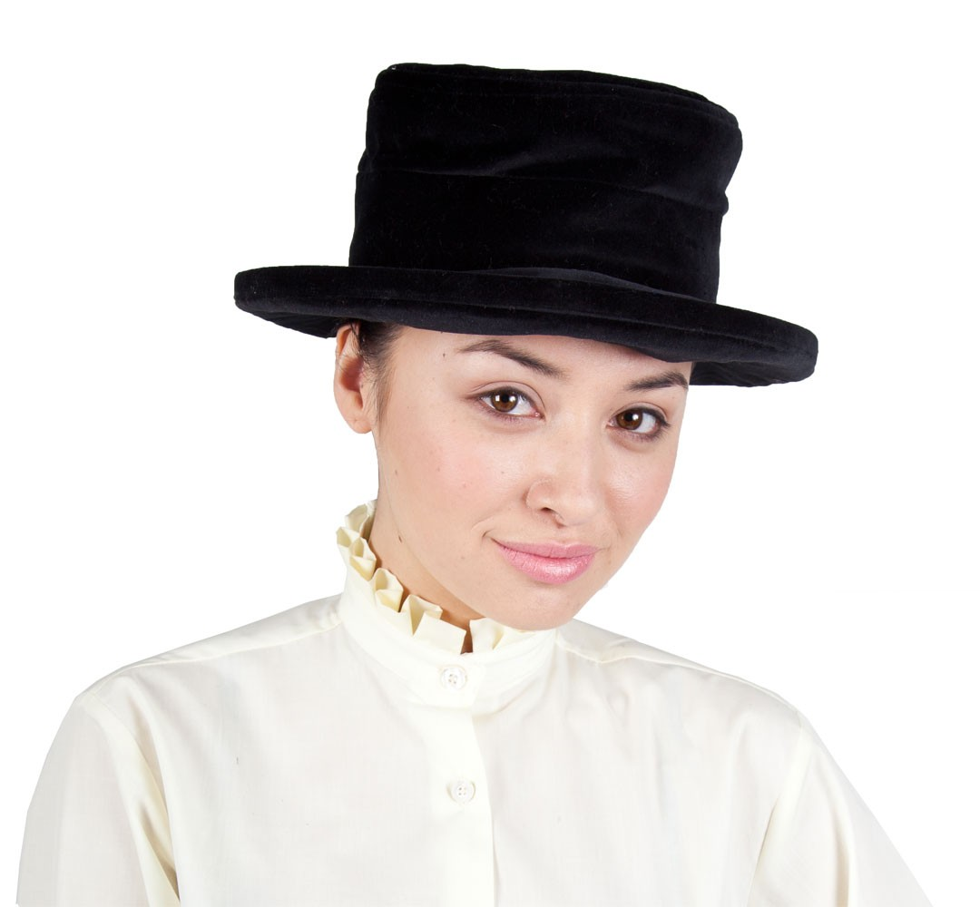 Black Lead rein Velvet Hat with Bow