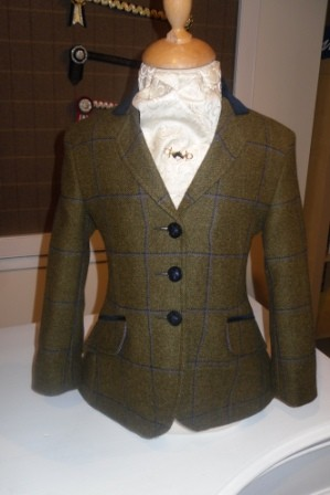 Bespoke Tweed Jacket 44526